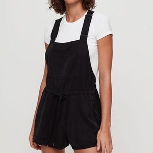 Aritzia Wilfred Free Overall Shorts